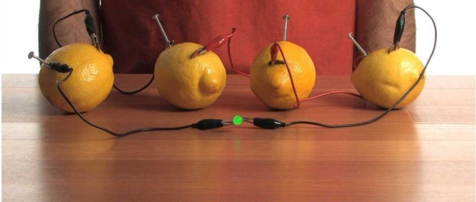 تولید برق بیشتر از لیمو ترش
