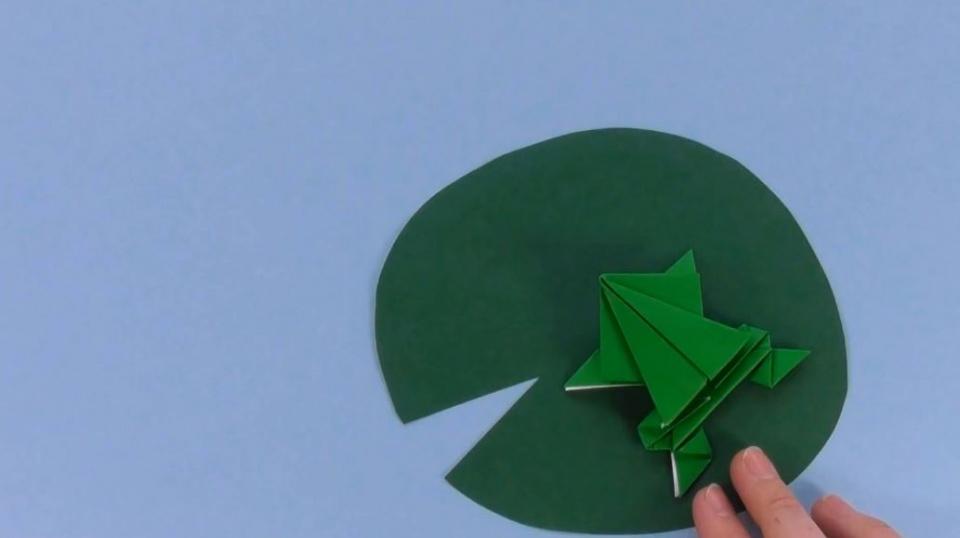 آموزش ساخت قورباغه با کاغد