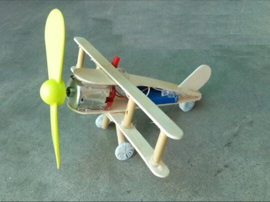 آمورش ساخت هواپیما با چوب بستنی